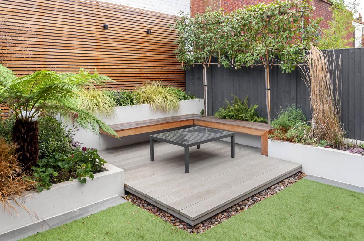 Hampstead Garden Decking Installation 3 min