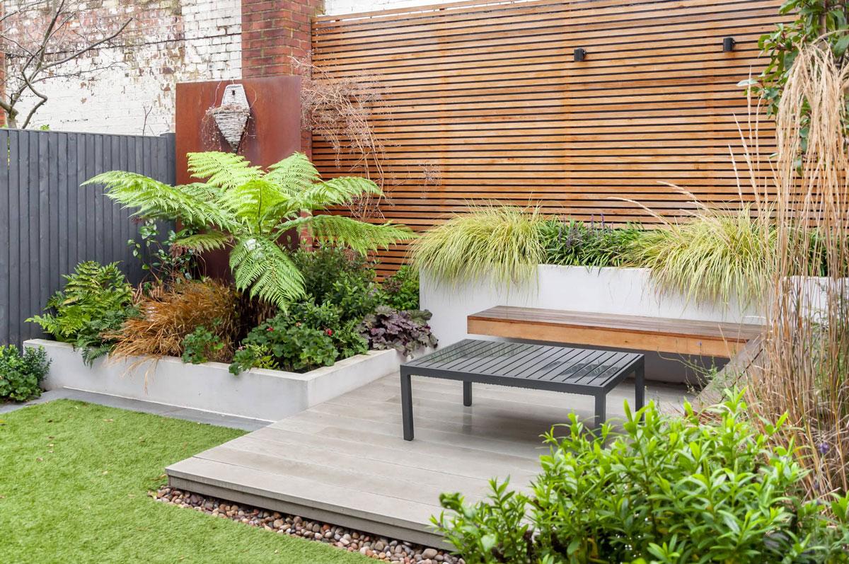 Hampstead Garden Decking Installation 4 min