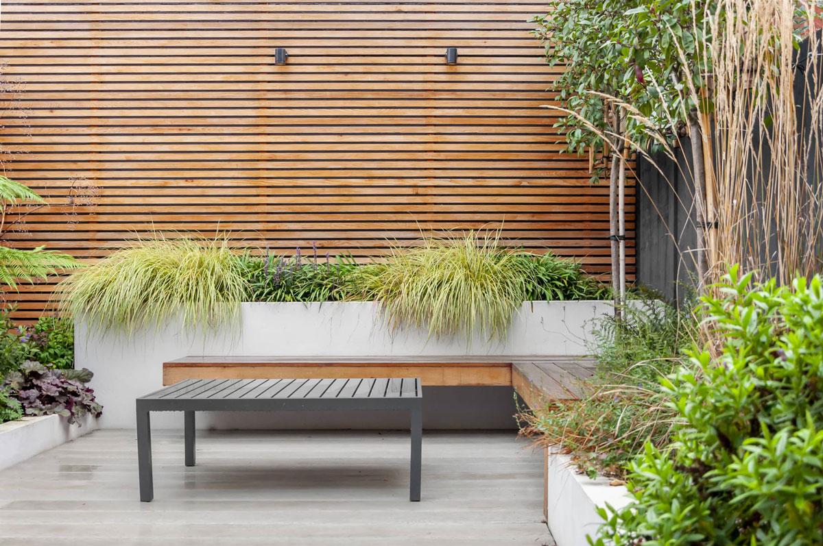 Hampstead Garden Decking Installation 5 min