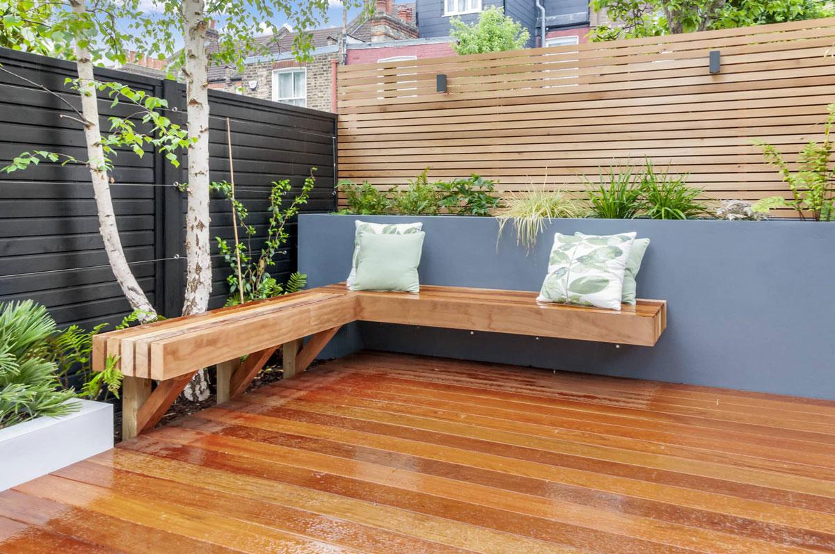 Highgate Garden Decking Installation 10 min