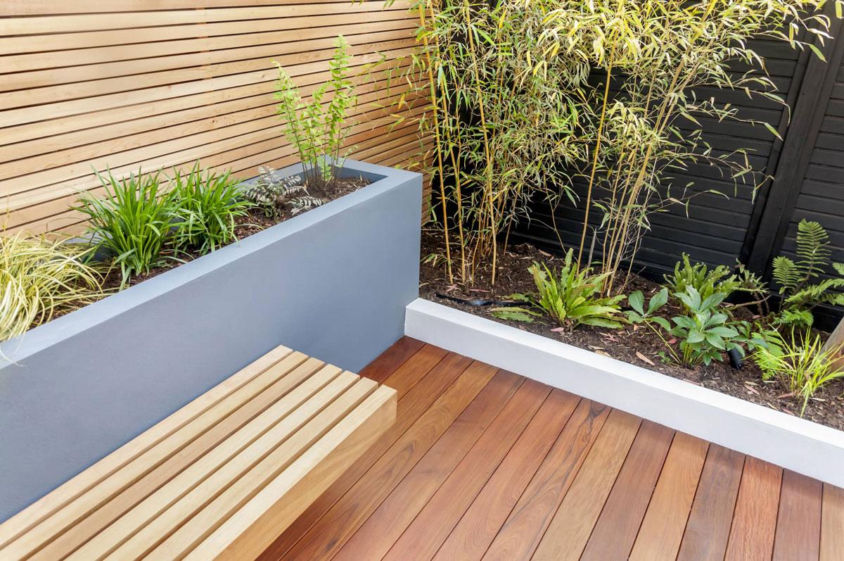 Highgate Garden Decking Installation 16 min
