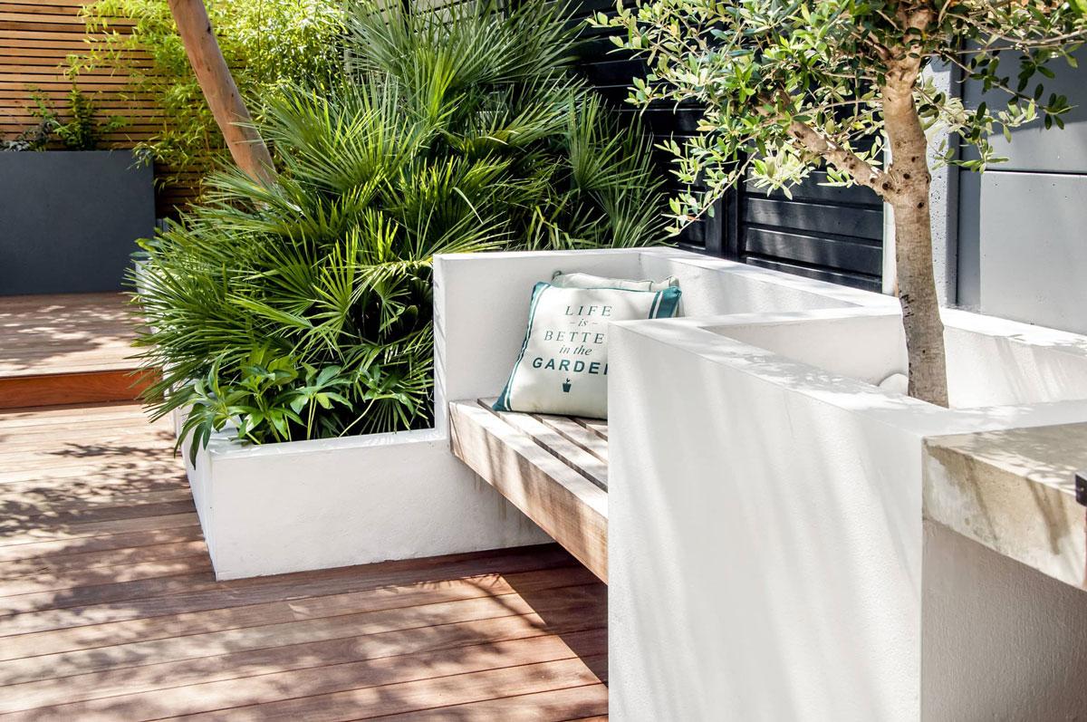 Highgate Garden Decking Installation 28 min