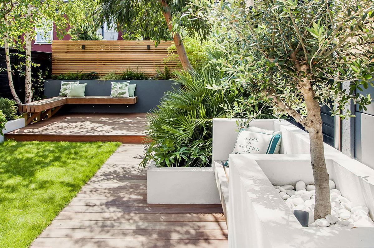 Highgate Garden Decking Installation 31 min