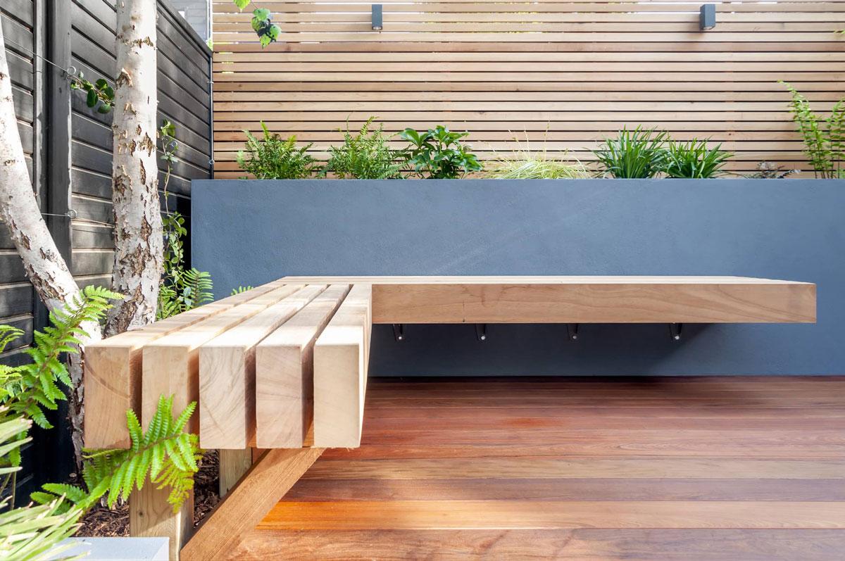 Highgate Garden Decking Installation 8 min