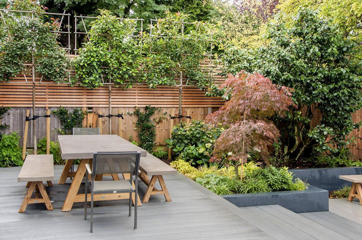 Whetstone Garden Decking Installation 12 min