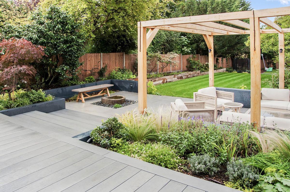 Whetstone Garden Decking Installation 13 min