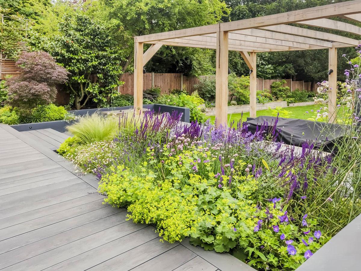 Whetstone Garden Decking Installation 16 min