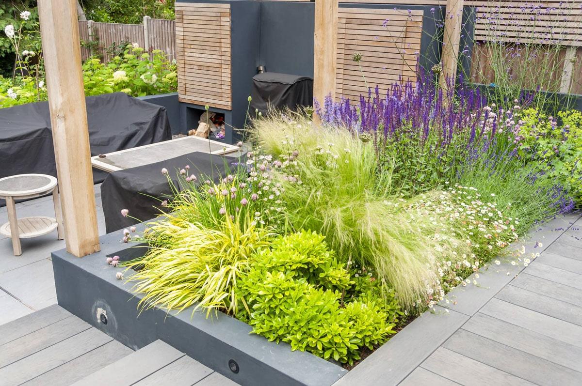 Whetstone Garden Decking Installation 4 min