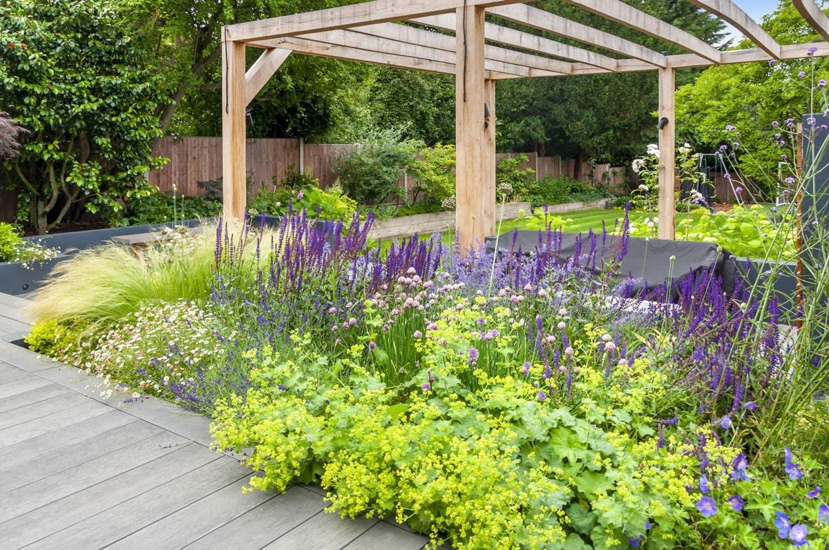Whetstone Garden Decking Installation 5 min