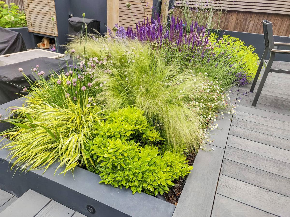 Whetstone Garden Decking Installation 7 min